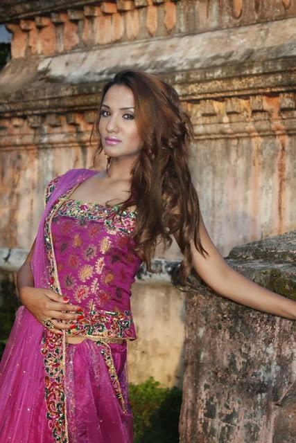 Rani mukherjee full sexy photo-1590